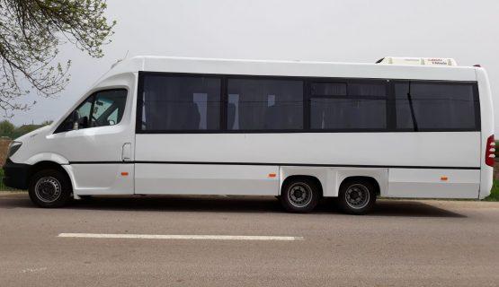 servicii transport persoane excursii bucuresti
