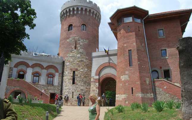 Castelul Ţepeş Bucuresti