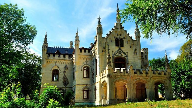 Castelul Sturdza Iasi Miclauseni