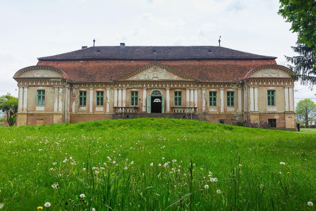 Castelul Thury-Banyai Tamasfalau Transilvania